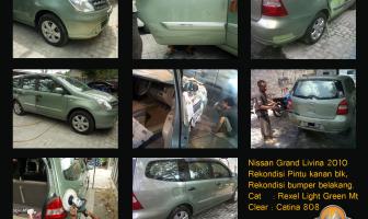 Nissan Grand Livina 2010, rekondisi pintu belakang kanan dan bumper belakang.