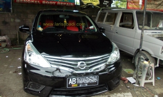 Nissan Grand Livina 2014, Pengecatan & Pemasangan Bodykit Add On