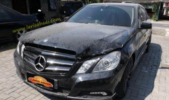 Perbaikan Kap Mesin Mercedes E Class, W212