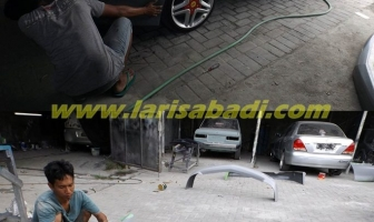 Honda City 2005, Cat dan Pasang Bodykit Plastik