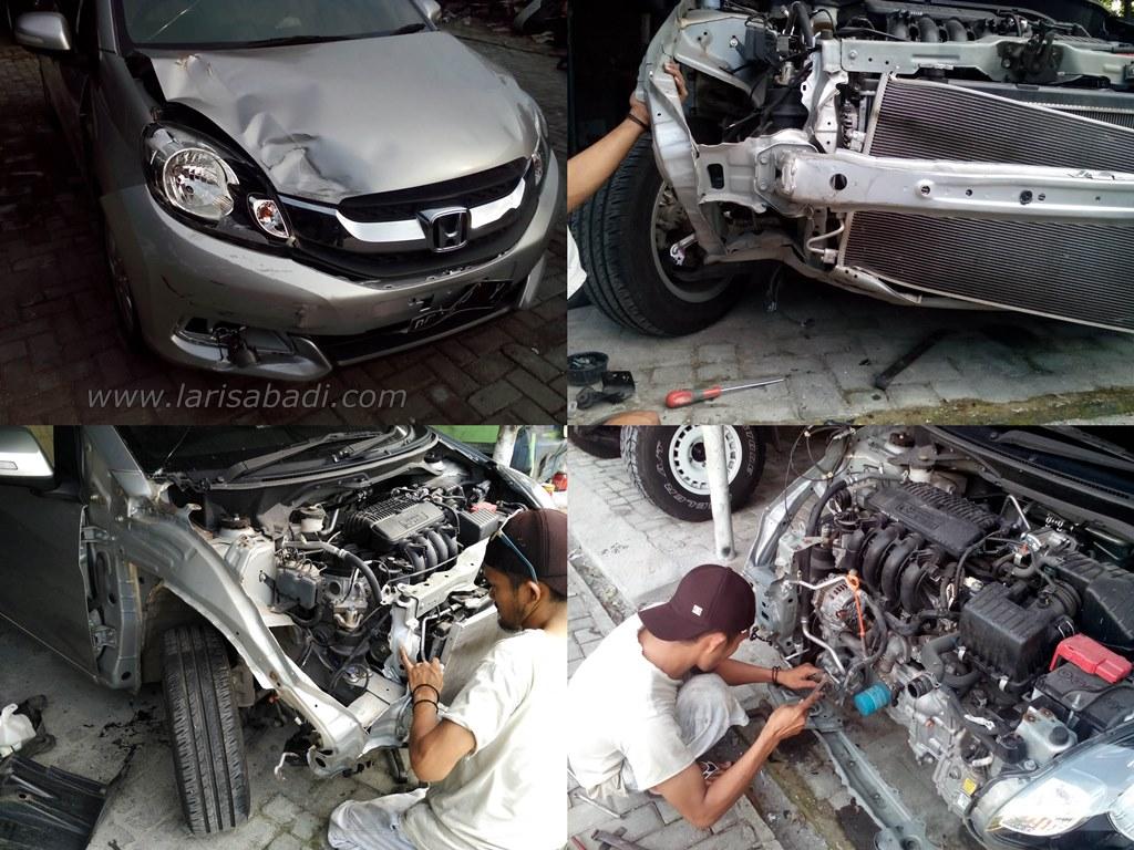 kondisi awal, Honda Mobilio kecelakaan