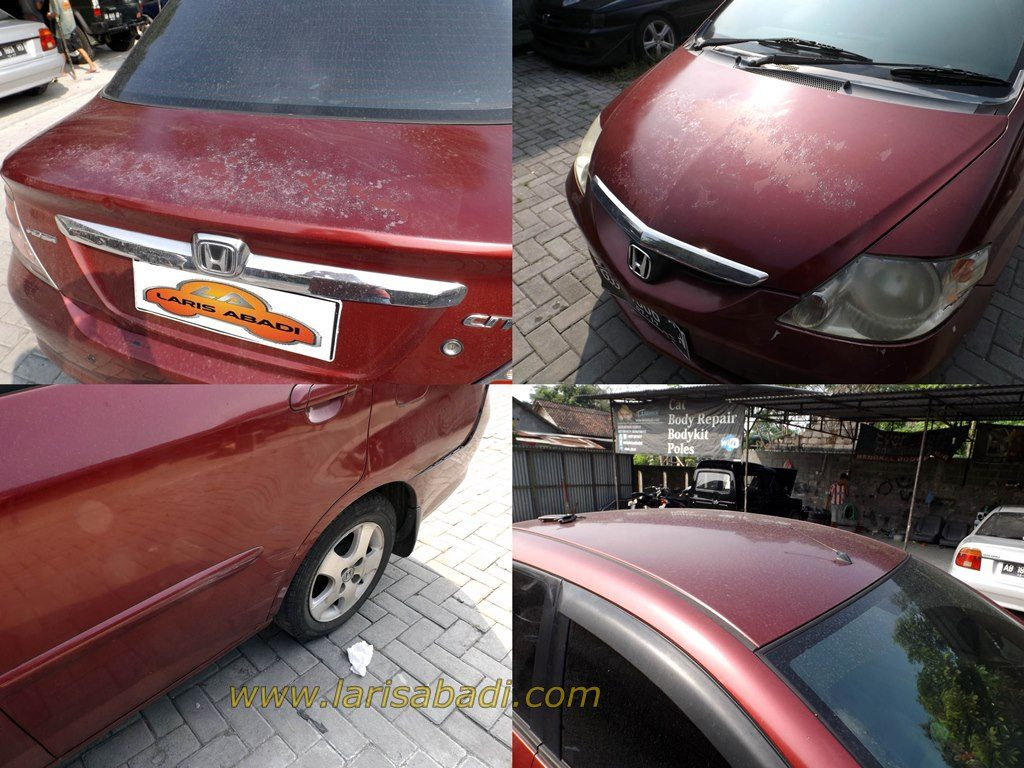 Honda City 2004 with paint defect