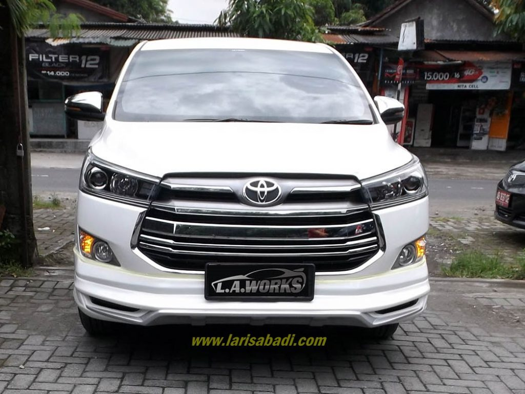Toyota Innova Reborn (Gen II) with Attivus Body Kit